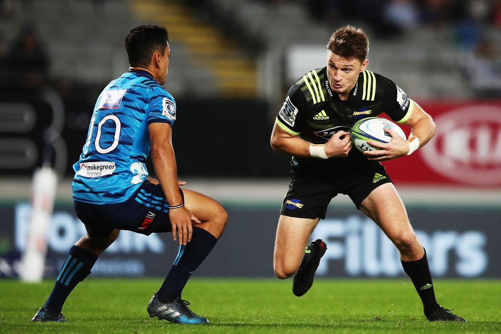 Turbos pair in starting XV as Barrett returns for the Hurricanes